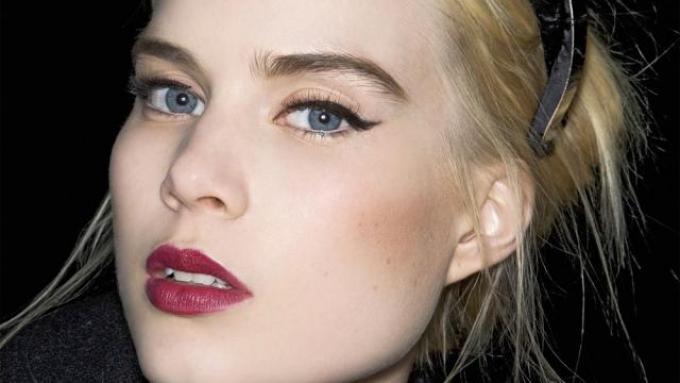 Seksowny Makijaż Dla Blondynki Twarz I Makijaż Polkipl