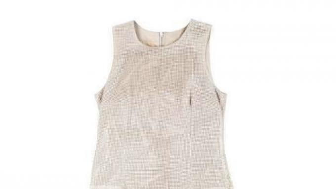 e9e85e3ab1 łososiowa sukienka Hexeline z kokardą - lato 2011 - Sukienki Hexeline - lato  2011 - Trendy sezonu - Zdjęcie 20 - Polki.pl