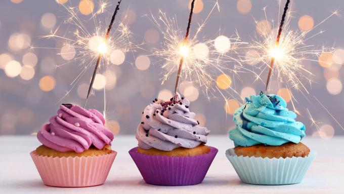 Zyczenia Urodzinowe Rymowane Wierszyki Na Kazda Okazje Uroczystosci Rodzinne Polki Pl