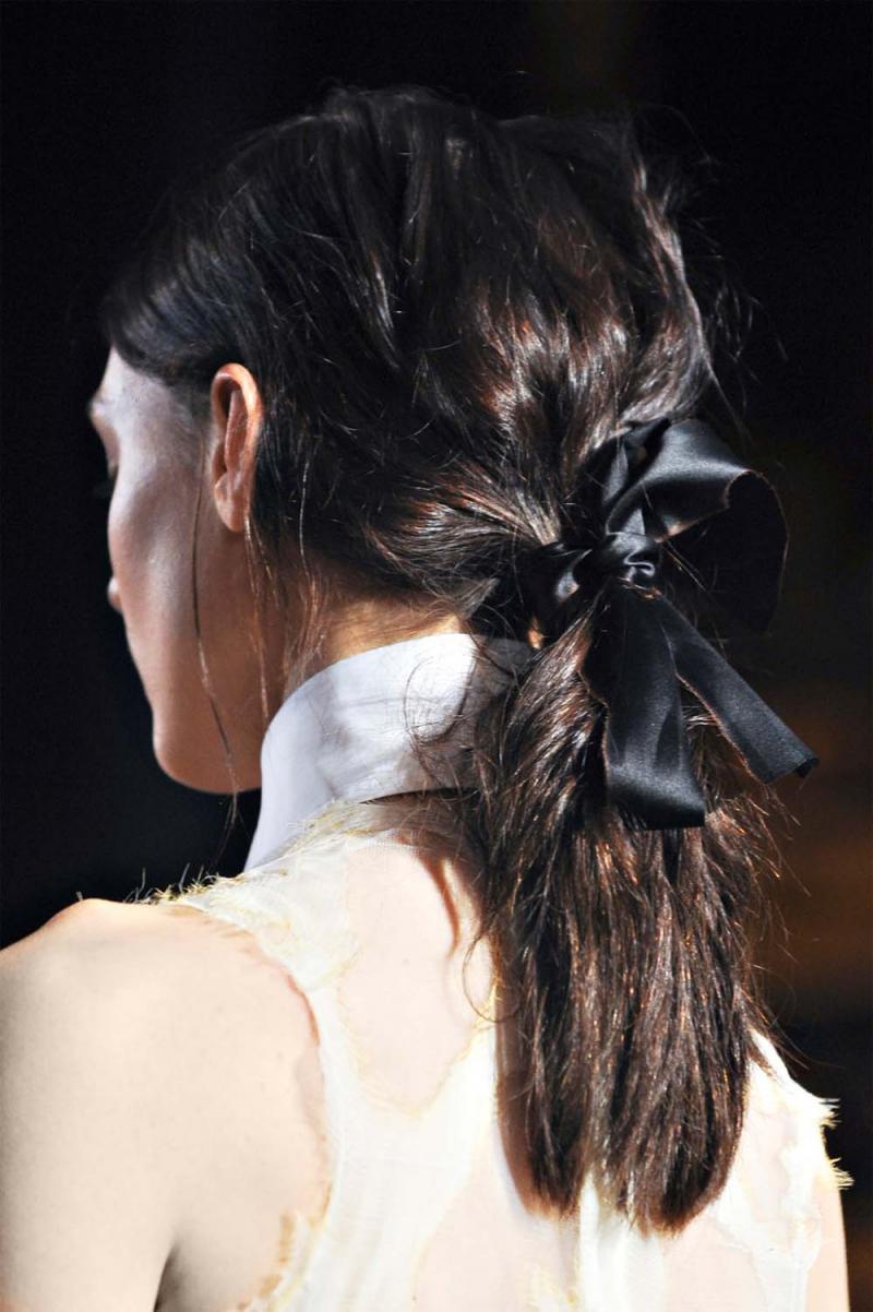 fryzury na studniówkę, fryzura studniówka 2013, jak się uczesać na studniówkę, upięcie studniówka