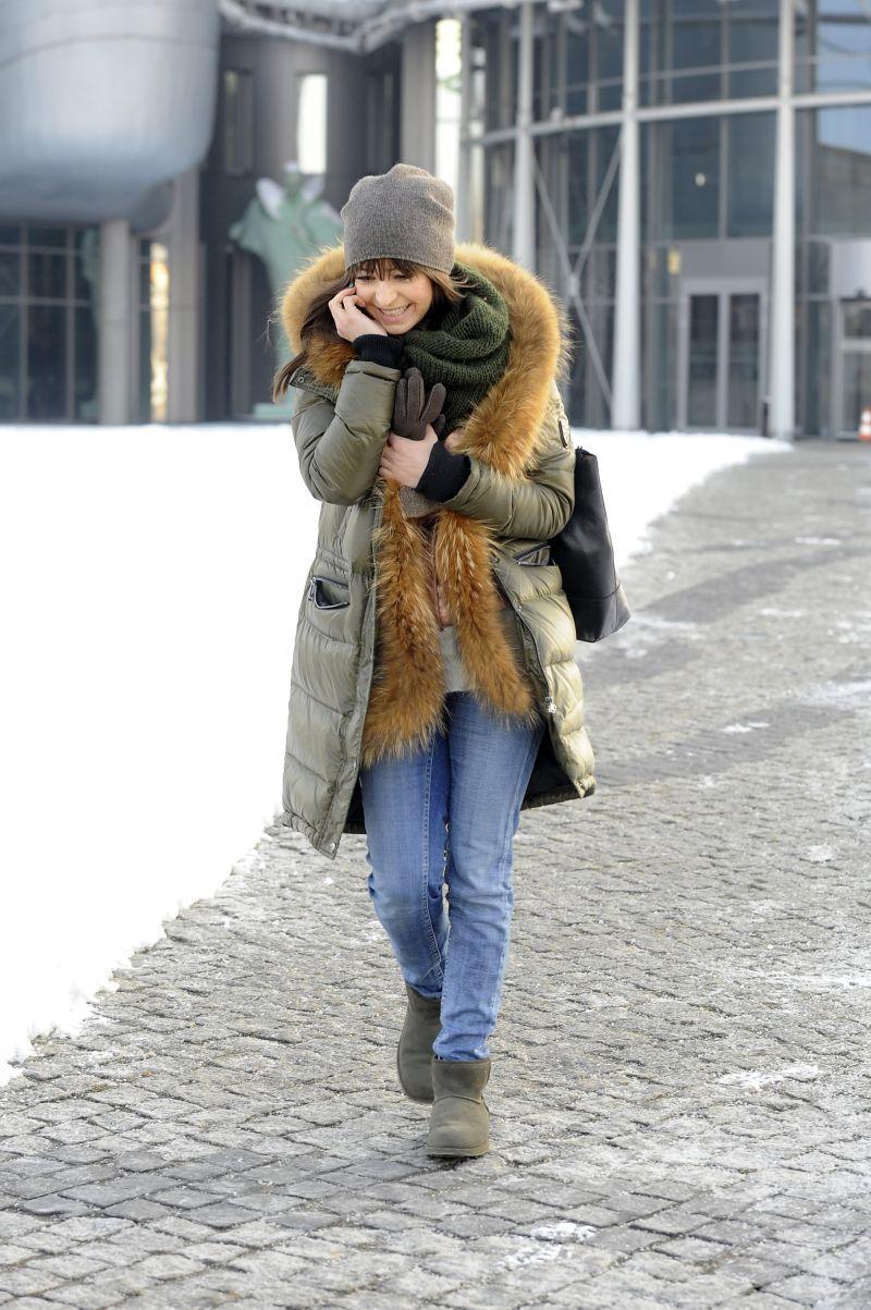 Agnieszka Więdłocha w puchowej kurtce