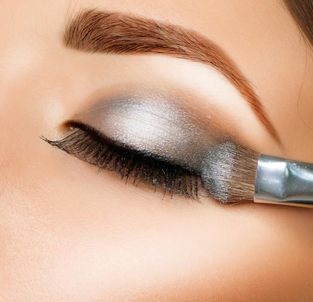 5 podstawowych pędzli do makijażu