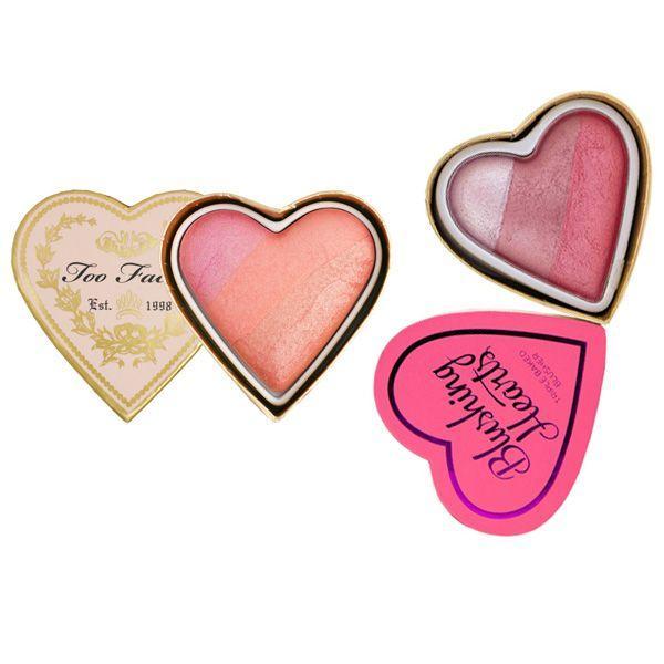 Róż Sweetheart's Perfect Flush Blush Too Faced vs. Róż Hearts Blusher Iced Hearts Heart Makeup