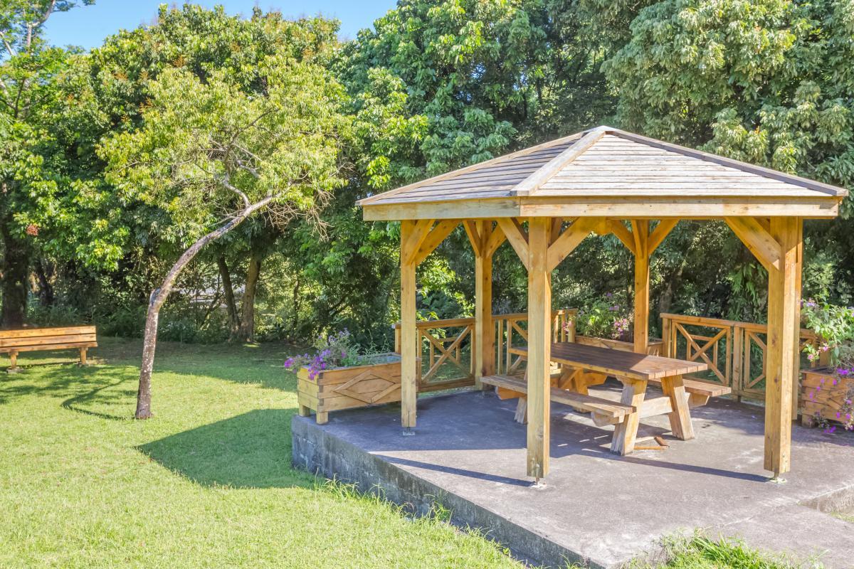 Altana ogrodowa otwarta
