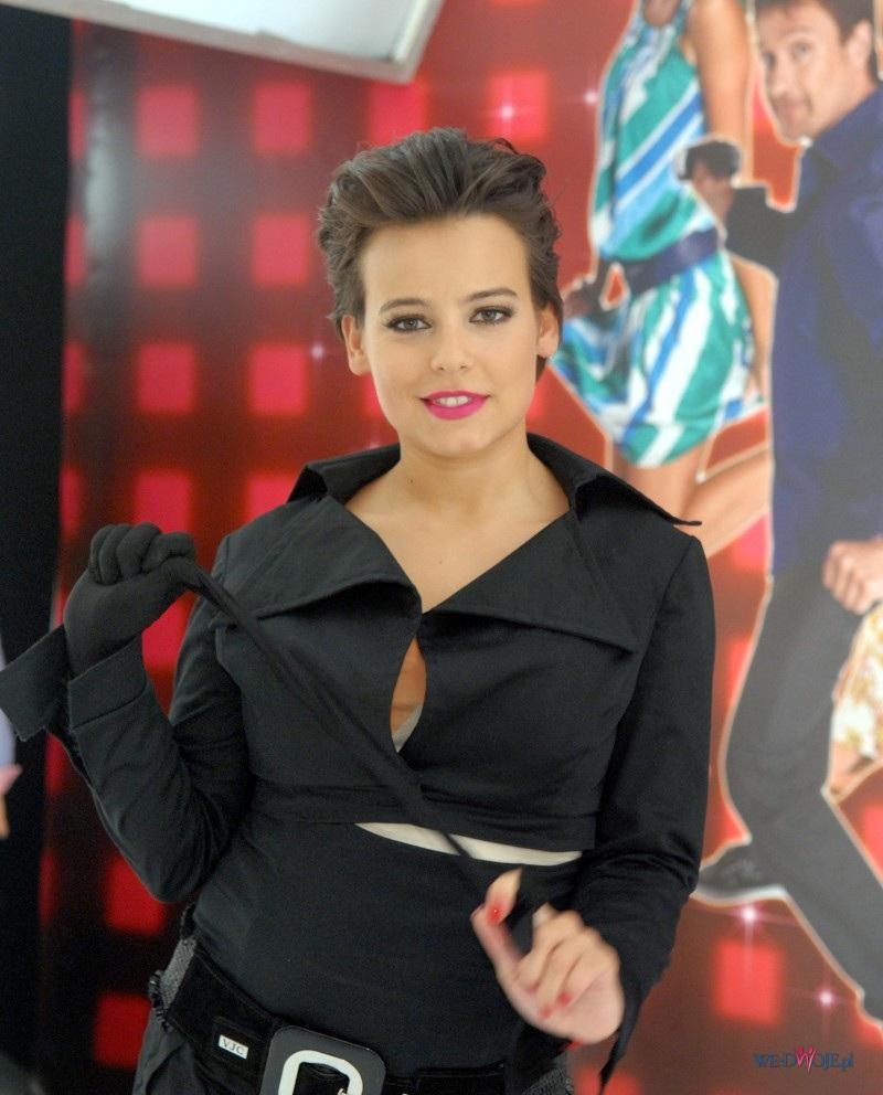 Anna Mucha - makijaż i fryzura
