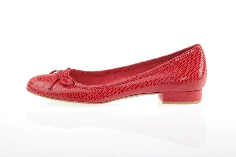 czerwone baleriny Prima Moda - wiosna 2011