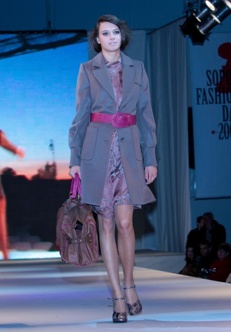 BGN na jesień i zimę 2009/2010 - Sopot Fashion Day - Zdjęcie 16