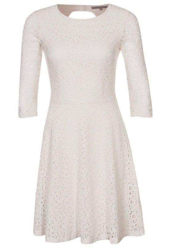 Białe sukienki nie tylko na ślub - przegląd