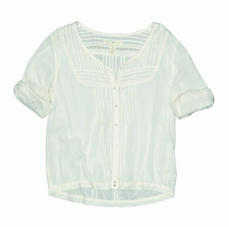 biała bluzka Levis - moda 2011