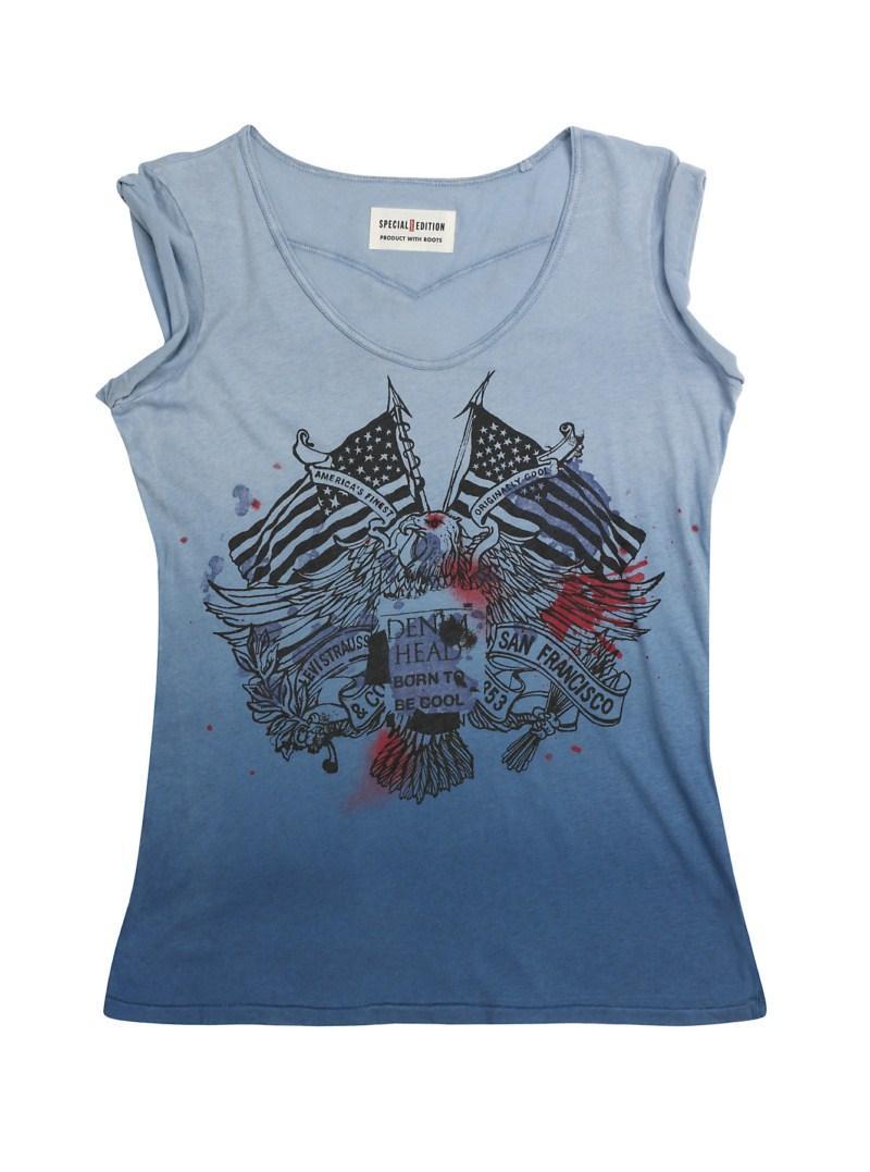niebieska koszulka Levis z nadrukiem - sezon wiosenno-letni