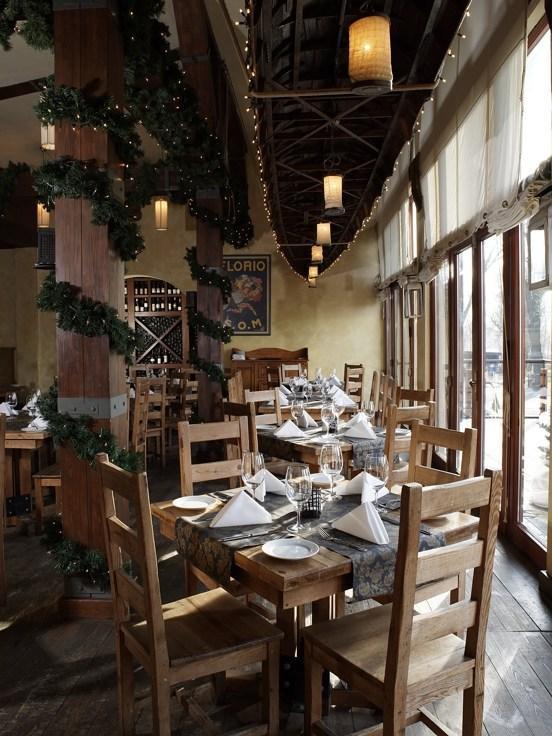 Boathouse Restaurant & Wine Lounge, restauracja