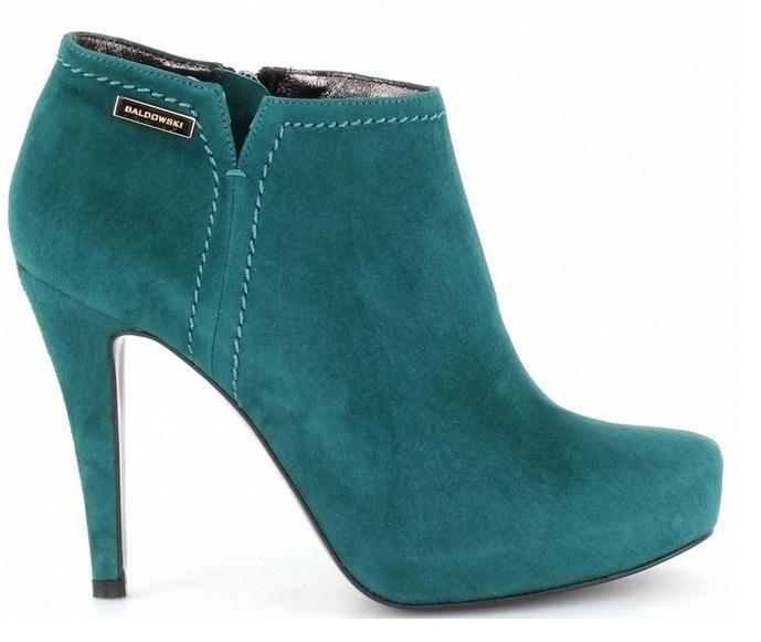zamszowe botki Baldowski w kolorze ciemnozielonym - buty na jesień i zimę