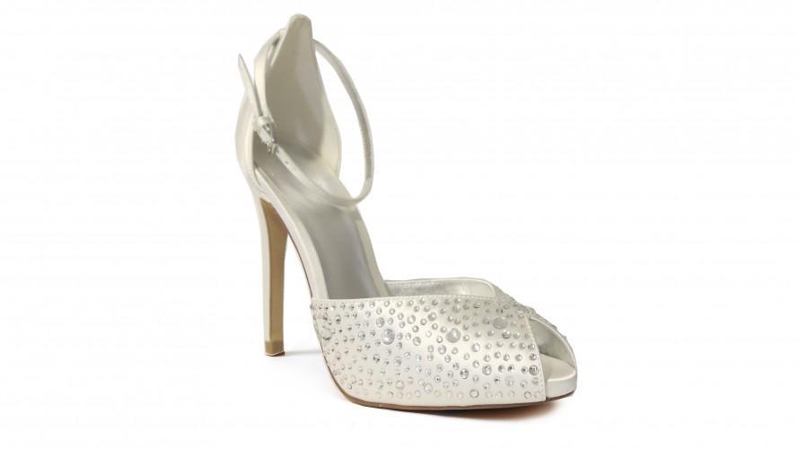 buty ślubne Bourne - showroom Ksis z kryształkami peep toe