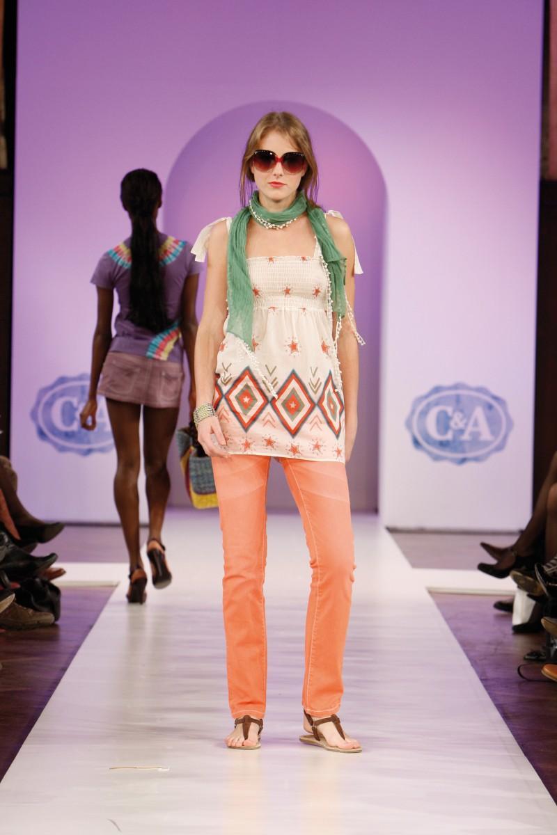 C&A - Clockhouse Girls - kolekcja La Cienga Boulevard - zdjęcie