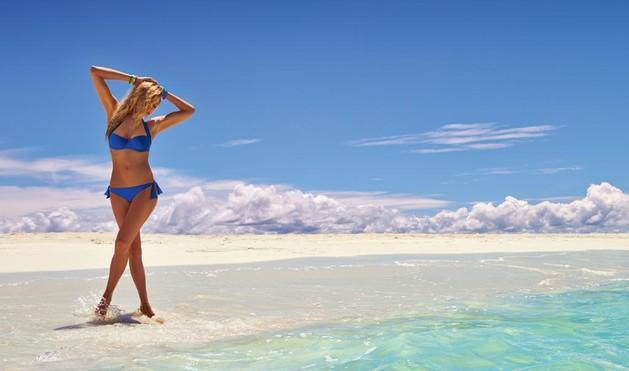 strój kąpielowy Calzedonia w kolorze niebieskim  - lato 2013