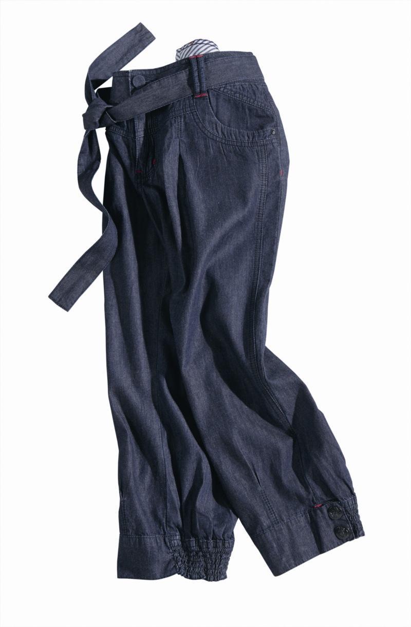 granatowe spodnie Charles Vögele rybaczki - wiosna-lato 2011