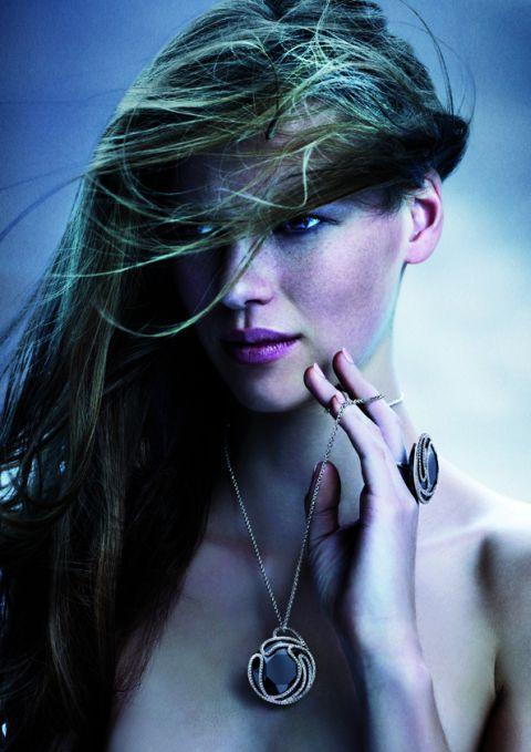 Swarovski kolekcja Under the Blue, jesień-zima 2010-2011, wisiorek i pierścionek May