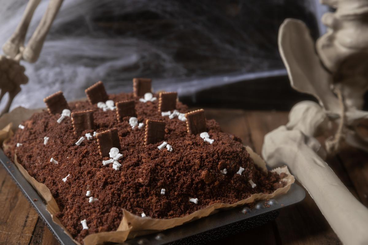 Kopiec kreta - ciasto na Halloween