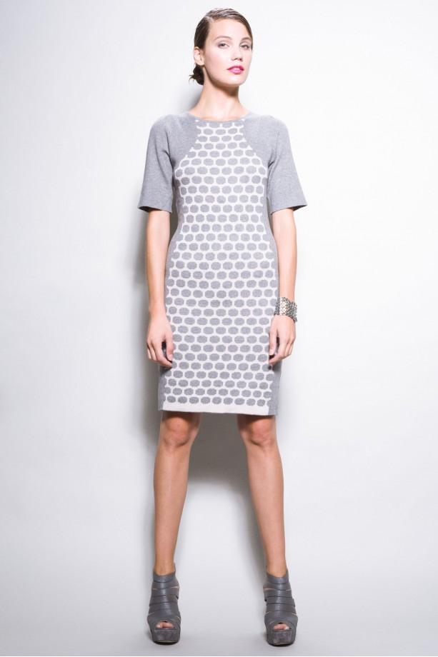 c7c136018f Confashion - urocze sukienki na zimę 2012 13 - Trendy sezonu - Polki.pl
