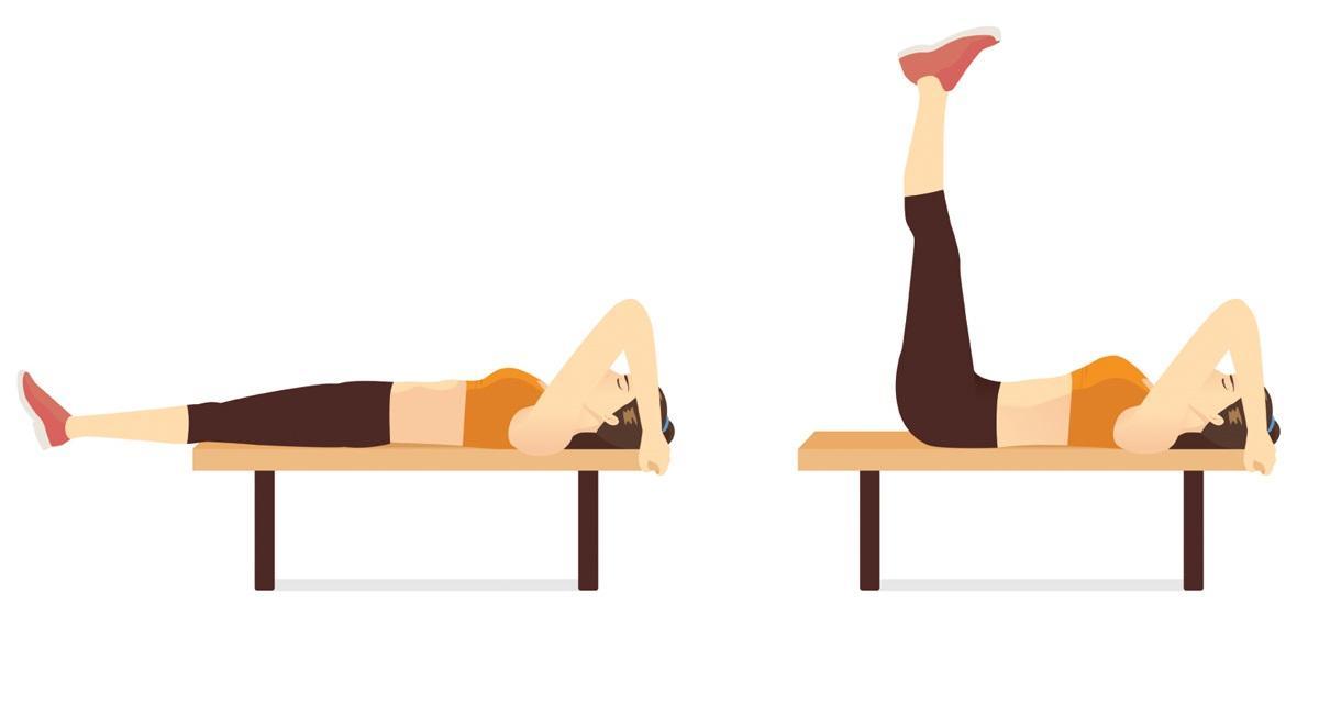 Ćwiczenia na ławeczce: unoszenie nóg do pionu leżąc