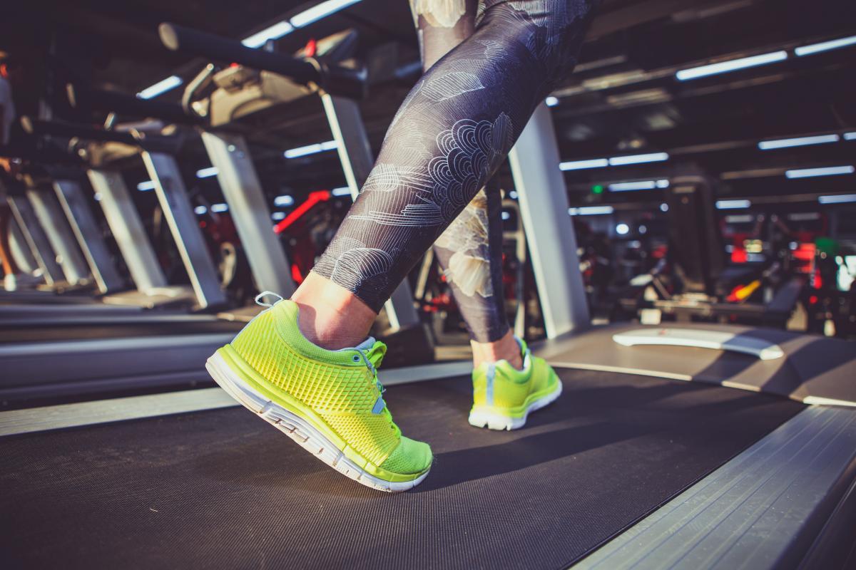 ćwiczenia na siłowni rozgrzewka