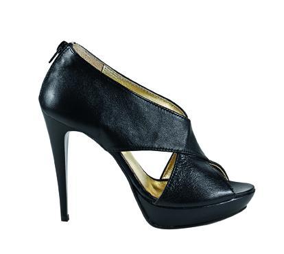 czarny sandały Venezia na platformie - sezon wiosenno-letni