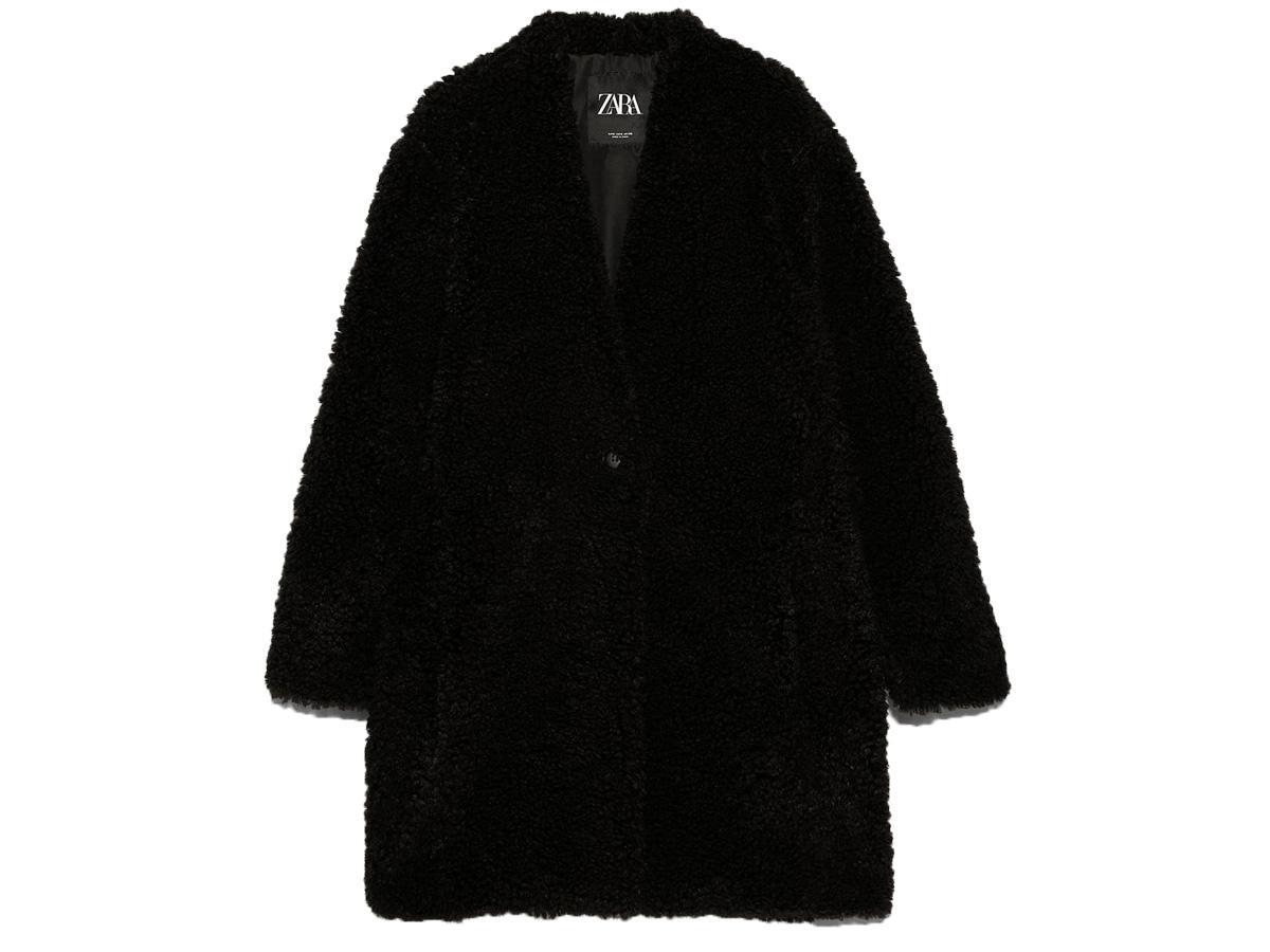 Czarny płaszcz z baranka Zara
