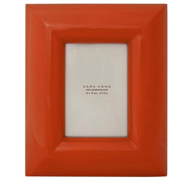 Czerwona ramka na zdjęcie, Zara Home 99 zł
