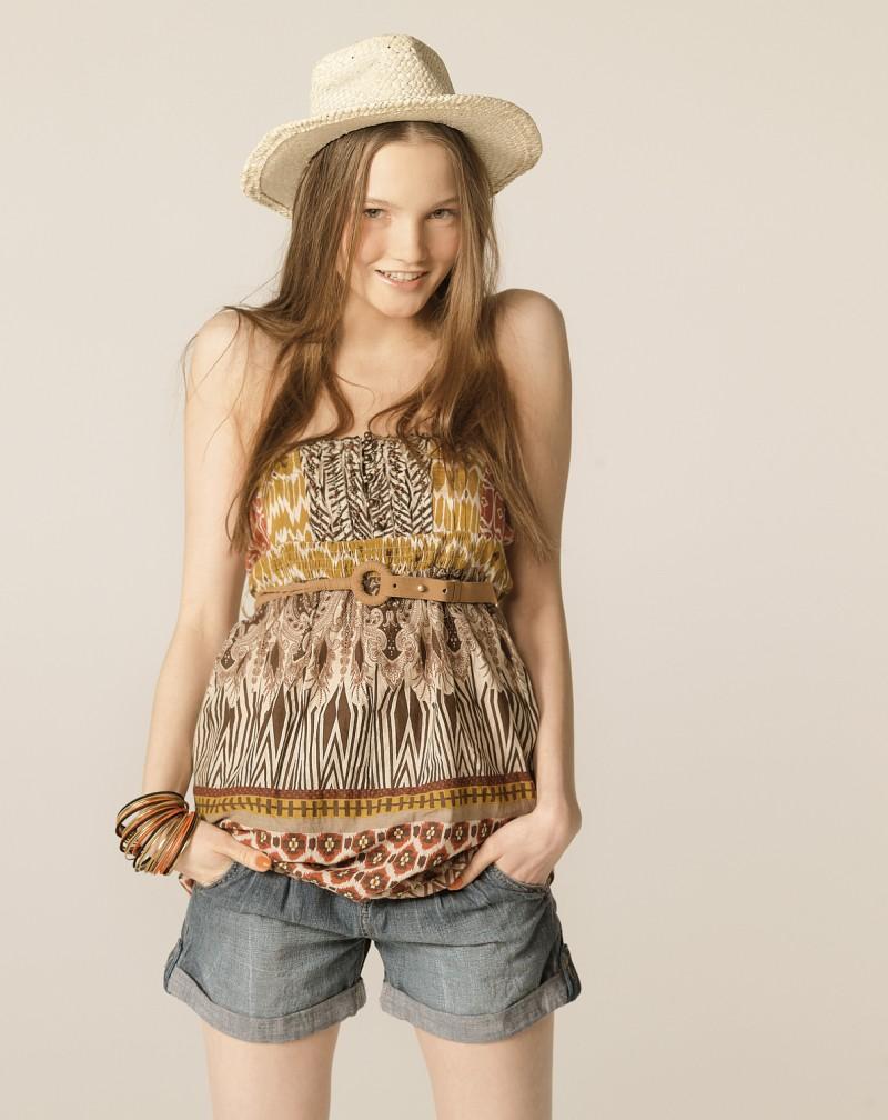 kapelusz Bershka - lato 2011