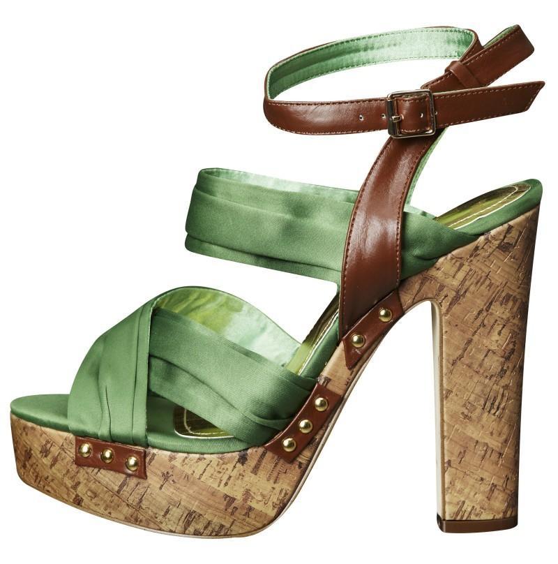 zielone sandały H&M na wysokim obcasie - lato 2011