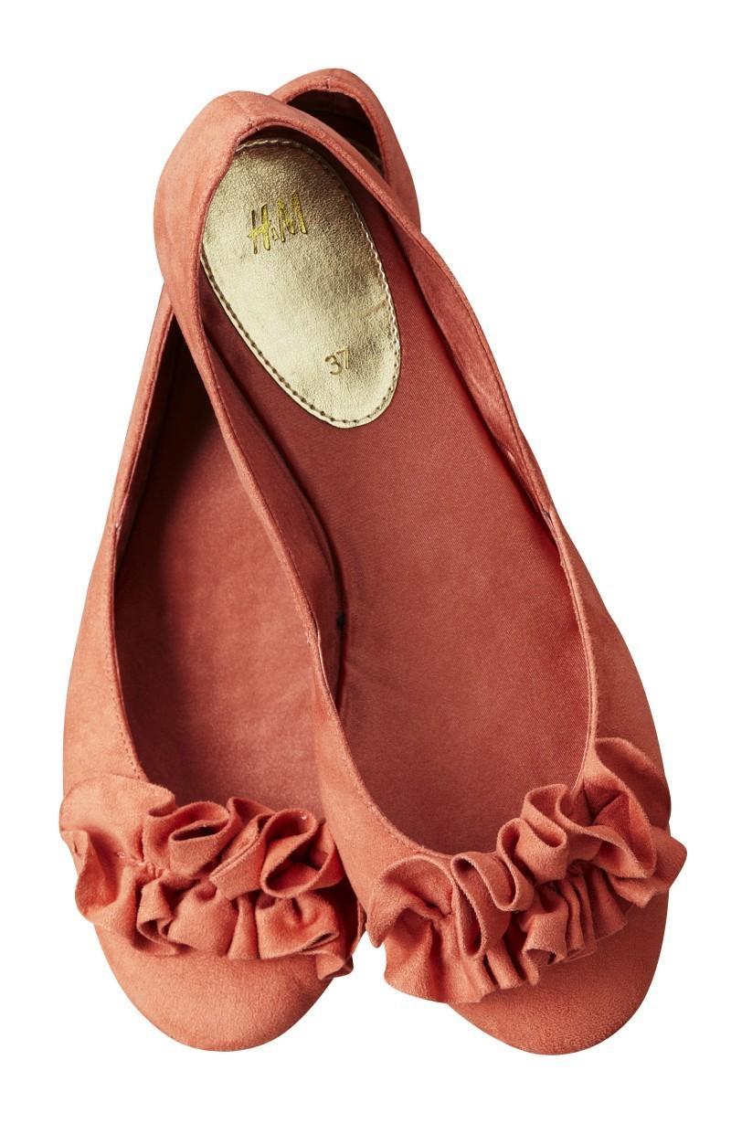 czerwone baleriny H&M - wiosna/lato 2011