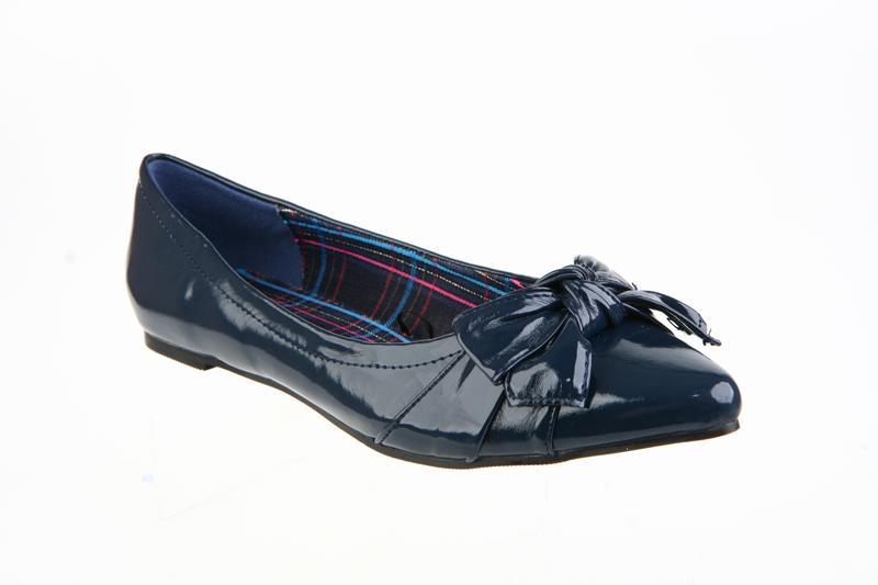 Damskie obuwie CCC na jesień i zimę 2009/2010 - zdjęcie
