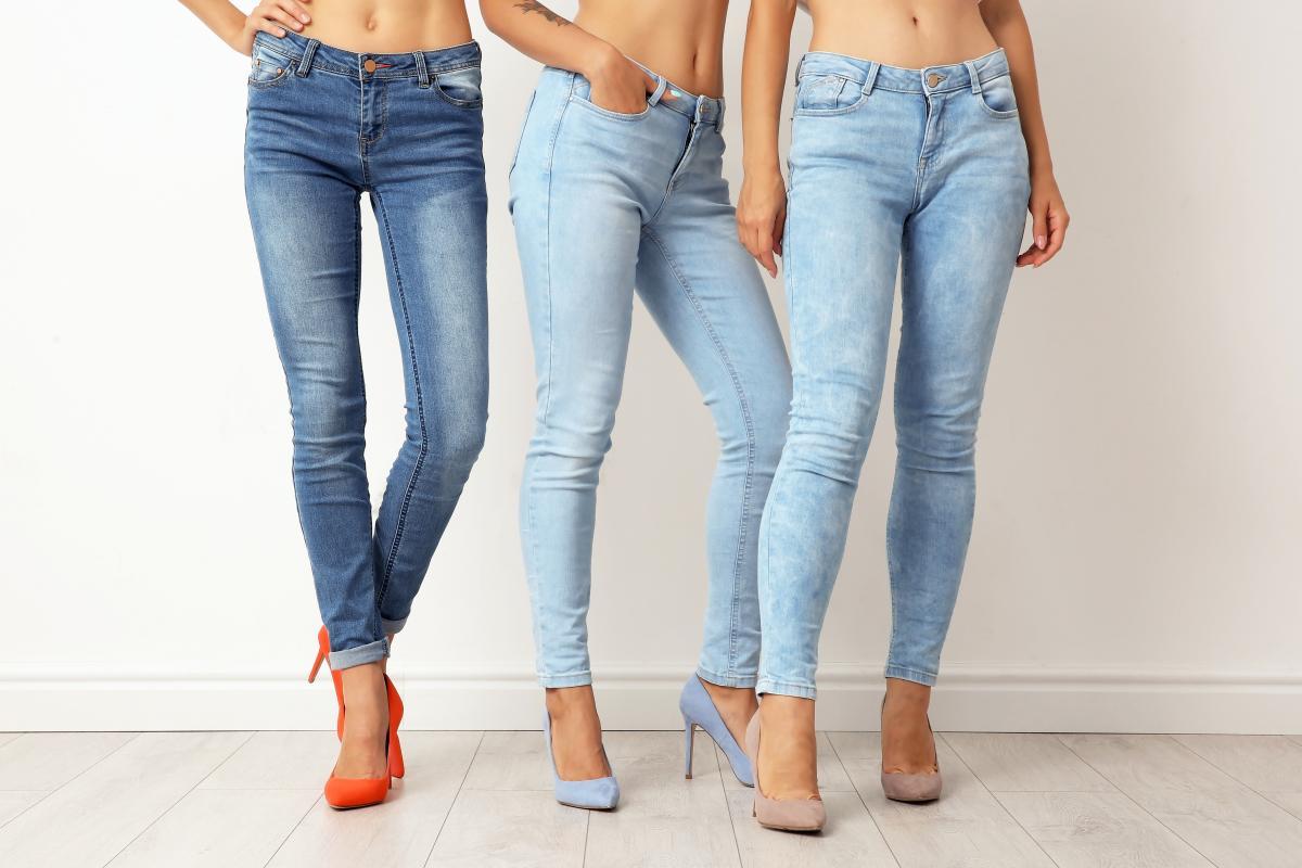 jak zrobić dekatyzowane jeansy