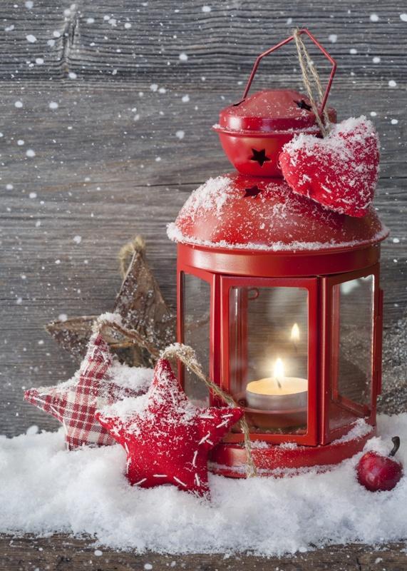 Czerwony lampion bożonarodzeniowy