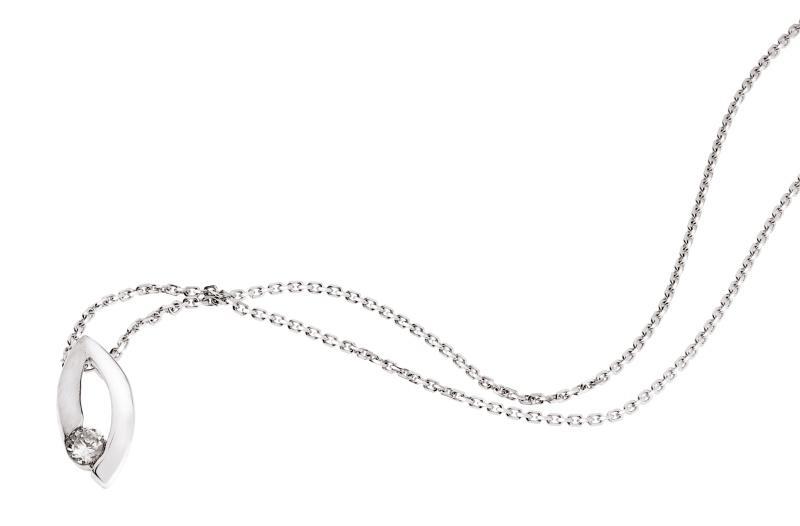 Delikatna i subtelna kolekcja biżuterii W.Kruk 2010 - zdjęcie