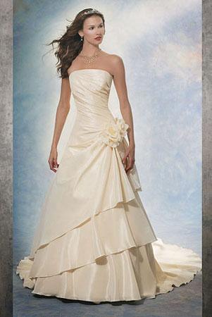 Demetrios 2006 - salon sukien ślubnych Susan Blanche - zdjęcie