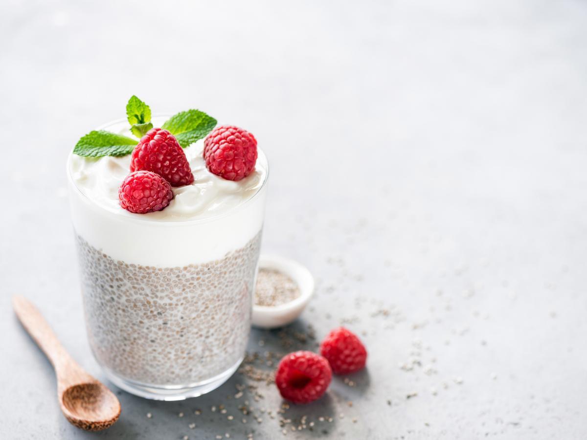 Deser z jogurtu naturalnego z chia