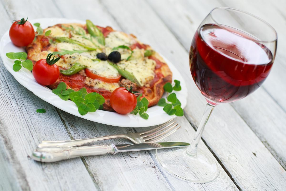 Dieta śródziemnomorska - co pić