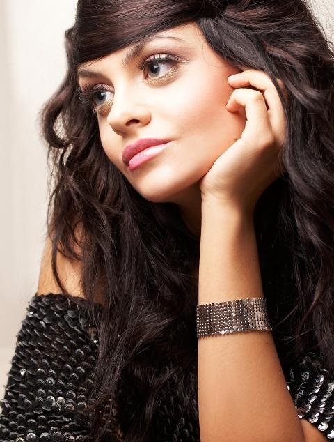 Długie włosy - esencja kobiecości: GALERIA