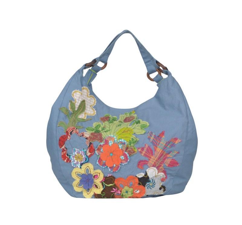 niebieska torebka Tatuum w kwiaty - moda 2011
