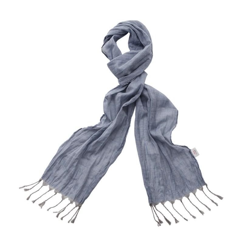 niebieski szalik s.Oliver - moda 2010