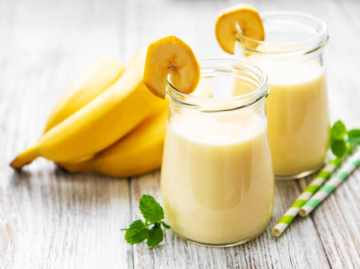 drink bezalkoholowy z bananem
