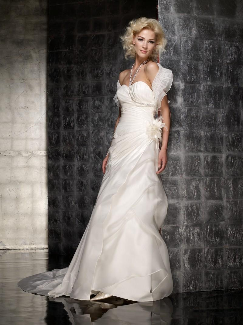 aea2e2d8ec Ekskluzywne suknie ślubne Fabio Gritti - zdjęcie - Ekskluzywne ...