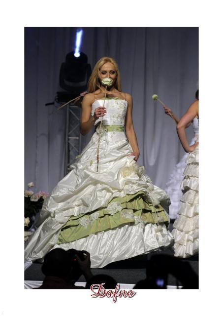 Emmi Mariage - kolekcja sukien ślubnych 2007 - zdjęcie