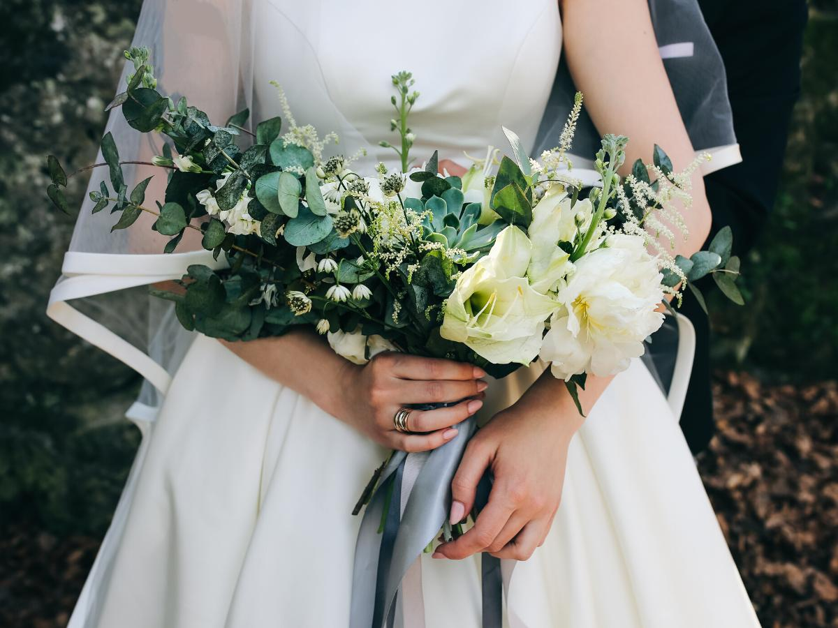 Eustoma bukiet ślubny