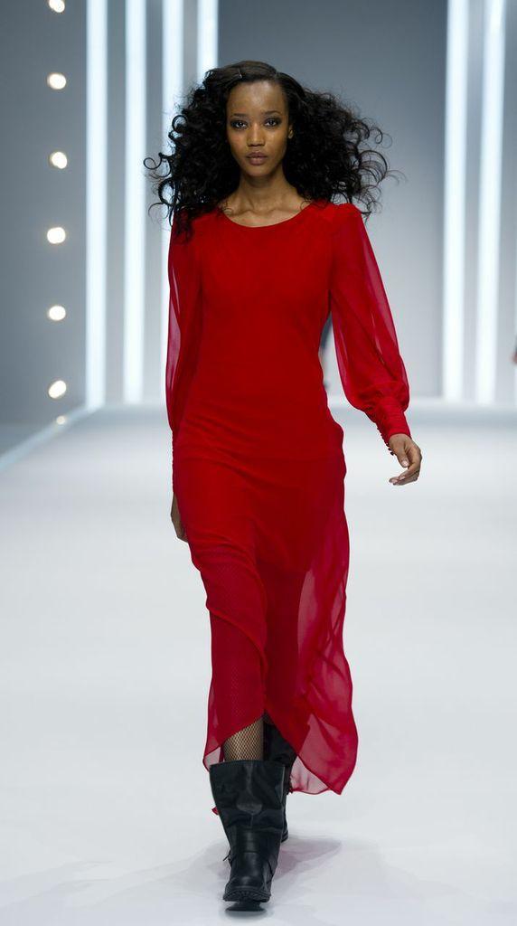 czerwona sukienka F&F prześwitująca - jesień/zima 2013