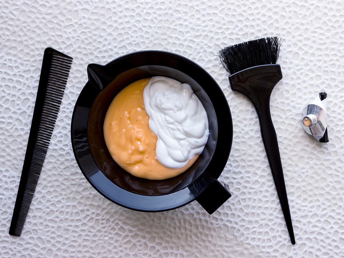 farba do włosów w domu