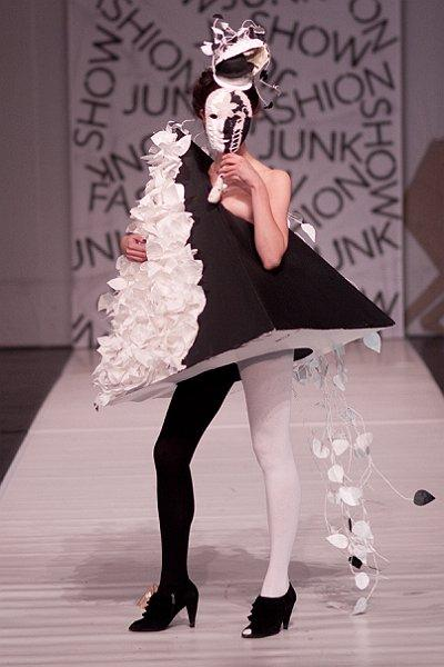 Fotorelacja z Junk Fashion Show 2011 - zdjęcie