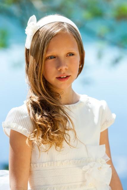 Fryzury komunijne dla dziewczynek