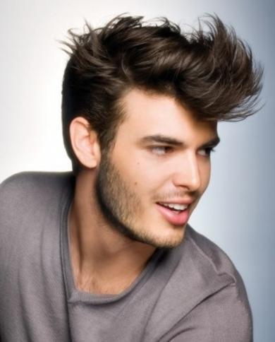 Fryzury męskie - najmodniejsze